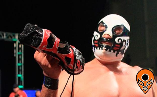 Canek desenmascaró a Máscara año 2000